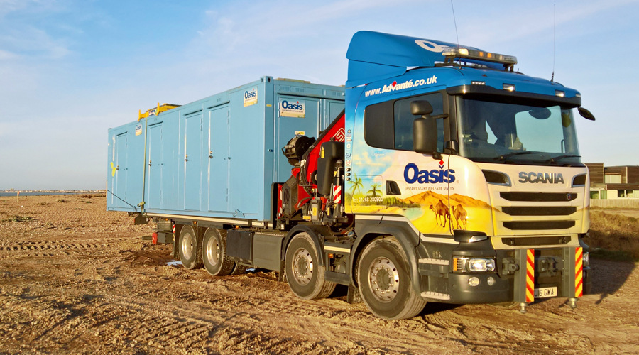 Oasis welfare unit lorry loader